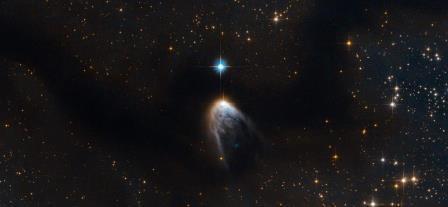 Астрономы объяснили, как у молодой звезды вырос хвост