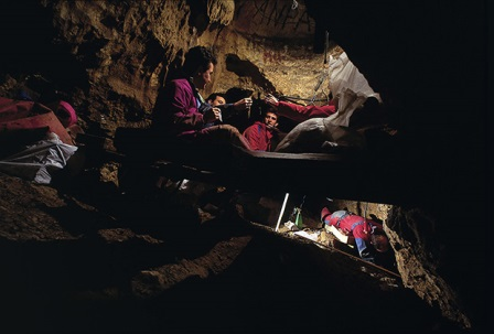 Раскопки в Расщелине Костей