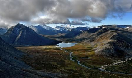 Уральские горы и Сибирь движутся на северо-восток