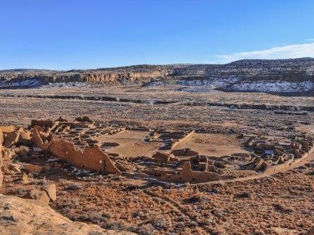 Поселок Пуэбло-Бонито в каньоне Чако