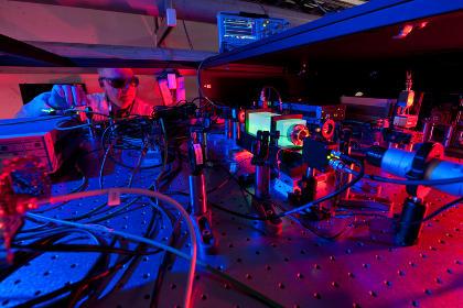 Ученые начали изучать голографическую Вселенную