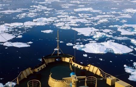 в Северном Ледовитом океане более 300 мест выброса метана