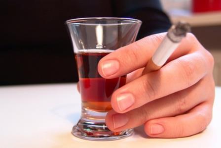 Подорожание сигарет привело к понижению употребления спиртного