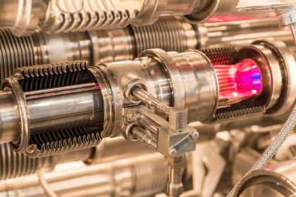 ЦЕРН сообщил об открытии двух новых барионов