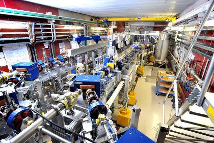 Лазер на свободных эектронах