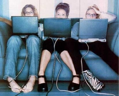 Социальные сети негативно отражаются на семейных отношениях