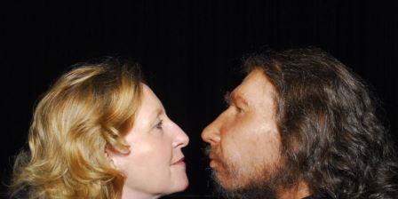 Неандертальцы целовались с людьми и лечились антибиотиками
