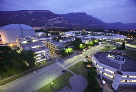 Международный Институт Лауэ-Ланжевена в Гренобле