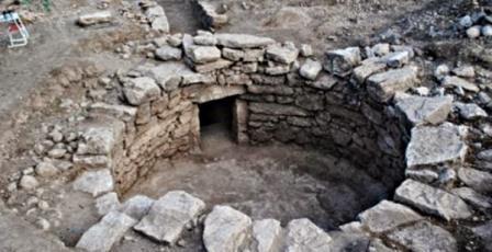 В Греции обнаружили нетронутую микенскую гробницу