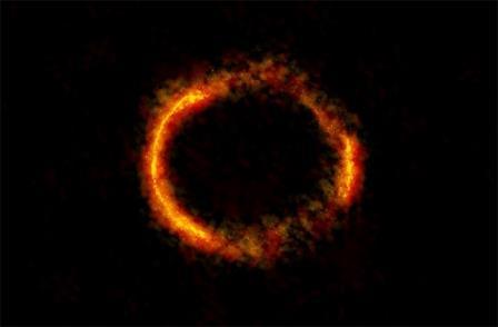 Астрономы сфотографировали «кольцо Эйнштейна»