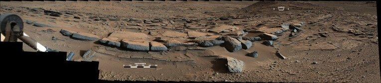 Дельта пересохшей марсианской реки, найденная Curiosity,в почве которой может до сих пор таиться жидкая вода благодаря солям-перхлоратам