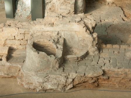 """Российские египтологи обнаружили """"белые стены"""" Мемфиса"""