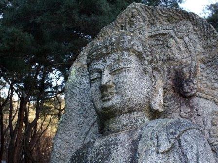 Статуя Будды в Кёнджу