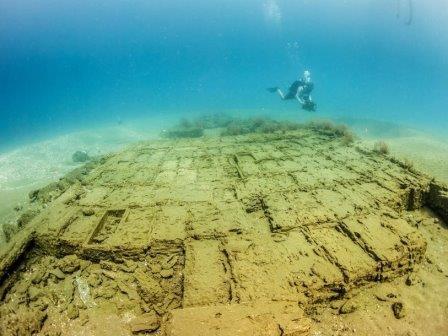 Ящики, найденные на месте кораблекрушения «Нуэстра Сеньора-де-Энкарнасьон»
