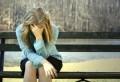 Американские специалисты не первый год занимаются изучением причин нервных расстройств у женщин. Теперь они полагают, что нашли одну из основных причин депрессии. В случае со страдающими от этого расстройства представительницами прекрасного пола ученые выявили аномально высокий уровень экспрессии генов, которые регулируют глутаматную нейромедиаторную систему. Нарушения в работе этой системы ранее уже связывали с шизофренией, эпилепсией, аутизмом и другими болезнями. Ученые рассказали, почему у женщин развивается депрессия