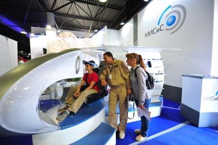 НИТУ «МИСиС» представил десятки научных разработок на авиасалоне МАКС-2015
