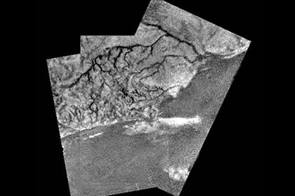 Каналы из жидких углеводородов на Титане
