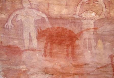 Изображения собак сохранились на многих древних наскальных рисунках