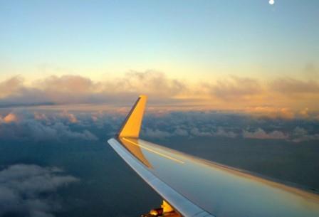 Детектор HOLODEC, установленный под крылом самолета, позволил впервые рассмотреть облако «под микроскопом»