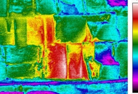 Одна из температурных аномалий, которые могут указывать на скрытые в пирамиде и пока неизвестные полости