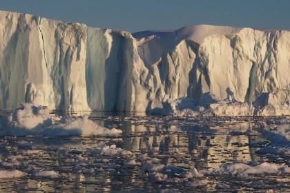 Ледник в Гренландии обвинили в катастрофически быстром таянии