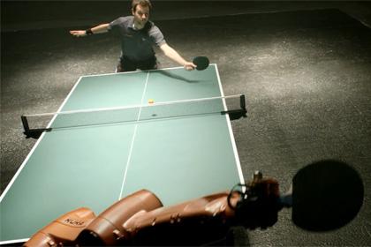 Кадр из видеоролика Kuka