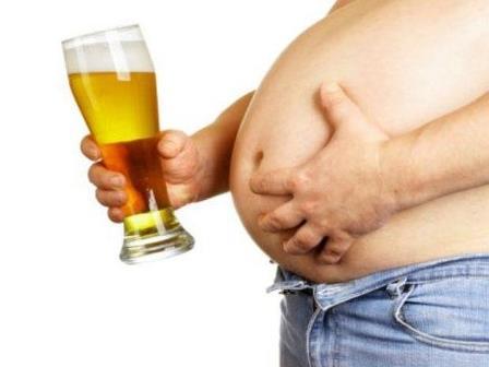 «Пивной живот» опаснее ожирения