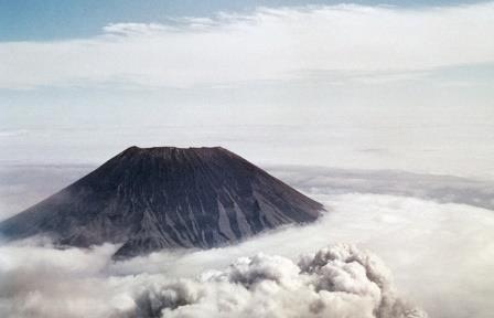 У вулкана Алаид на Курилах появился новый шлаковый конус