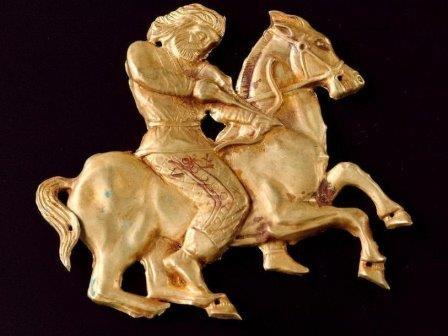 Золотое украшение греко-скифской работы, около 4 века до н.э.