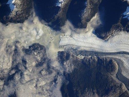 """Ледники Патагонии. Фотосъемка в рамках эксперимента """"Ураган"""", представленная в блоге Роскосмоса работающим на МКС космонавтом Алексеем Овчининым"""