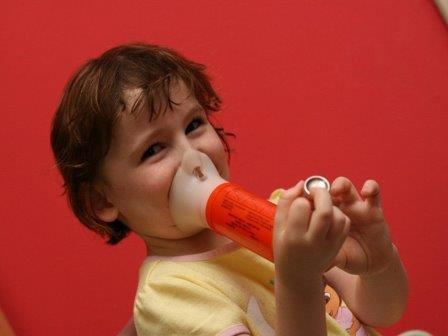 Изменения в составе кишечных бактерий предотвратят астму и аллергию