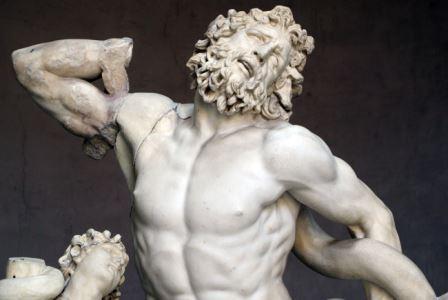 Фрагмент скульптуры «Лаокоон и его сыновья»