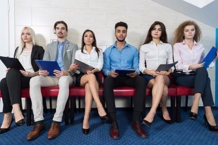 Экономисты разрушили стереотип «красивые больше зарабатывают»