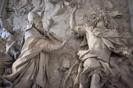 Гипсовая скульптура папы римского Льва I, изгоняющего Аттилу. Алессандро Альгарди, XVII век