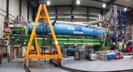 Ученые CERN нацелили гигантский магнит на Солнце с целью поиска частиц темной