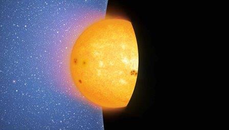 Черная дыра съедает звезду целиком