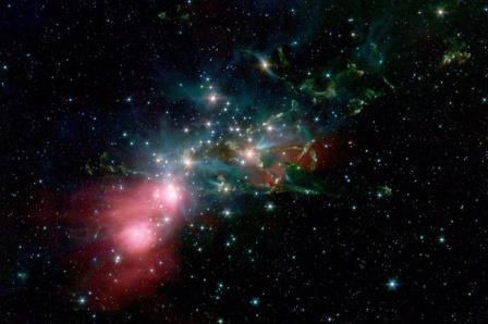 Кластер NGC 1333 в молекулярном облаке Персея