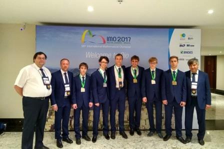 Шесть российских школьников стали призерами Международной олимпиады по математике