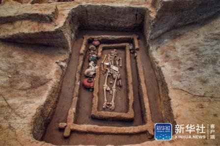 5000-летние великаны из Китая… оказались обычными людьми