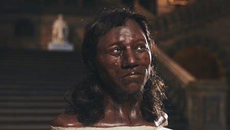 Реконструкция лица первого жителя Британии из пещеры в ущелье Чеддар © Channel4 / Tom Barnes