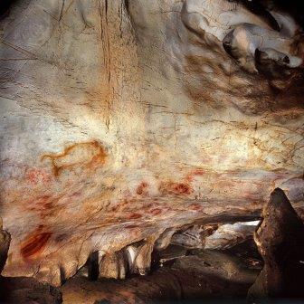 Рисунки в пещере Эль Кастильо © Pedro Sauro