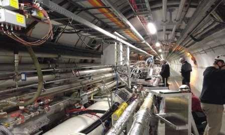 Туннель, где расположены протонные детекторы © TOTEM collaboration