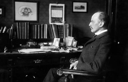 Макс Планк в своем рабочем кабинете © Hulton Archive/Getty Images