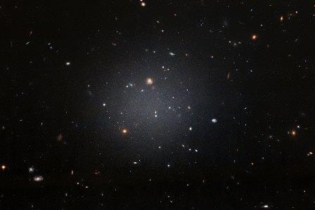 Галактика NGC 1052-DF2 ©wikipedia.org