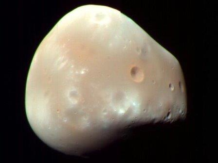 Деймос © HiRISE, MRO, LPL, NASA