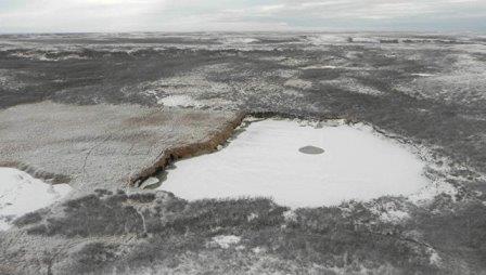 Воронка в Ямало-Ненецком автономном округе © архив Института криосферы СО РАН