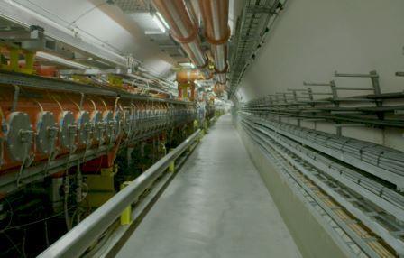 Тоннель SPS, синхротрона ЦЕРН, служащий источником нейтрино для эксперимента OPERA© CERN