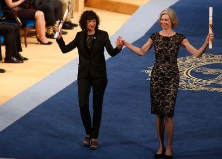 Эммануэль Шарпантье (слева) и Дженнифер Дудна (справа)© Jose Vicente / AP