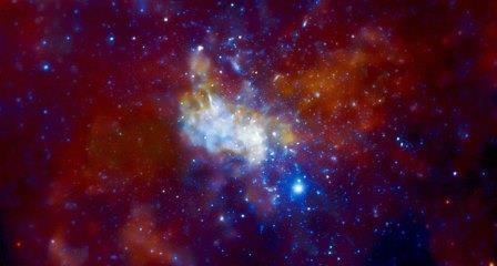 Черная дыра в центре Млечного Пути в рентгеновском свете.© F. BAGANOFF ET AL, MIT, CXC/NASA