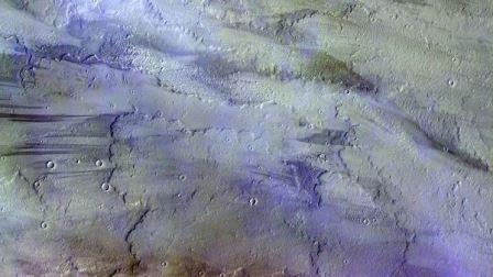 Фотография марсианских облаков, полученная зондом TGO© ESA/Roscosmos/CaSSIS